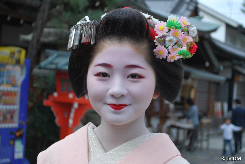 Maiko_Kyoto_2016_06_OK