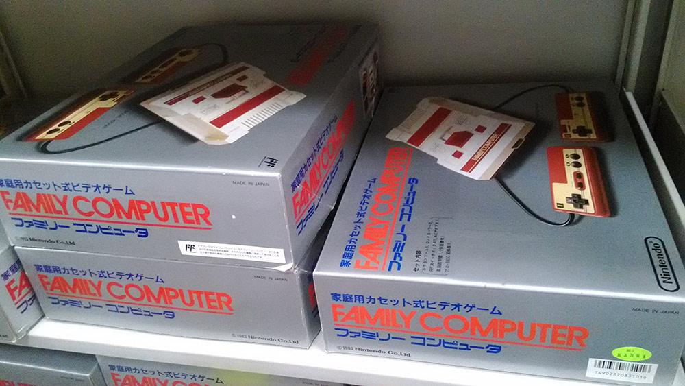 Nintendo_Zelda_30th_Famicom_02