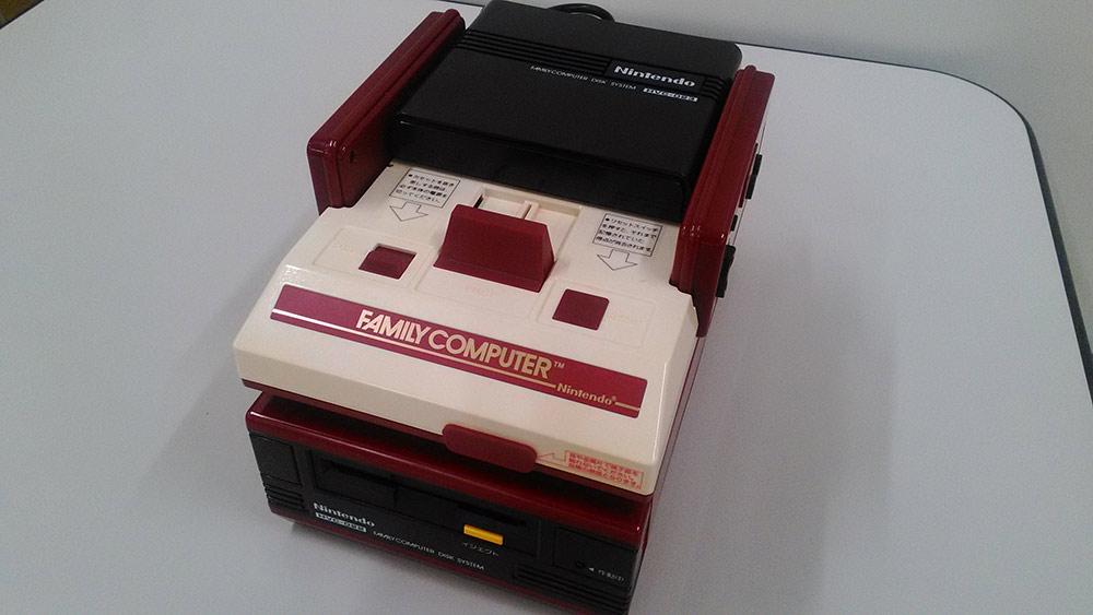 Nintendo_Zelda_30th_Famicom_08